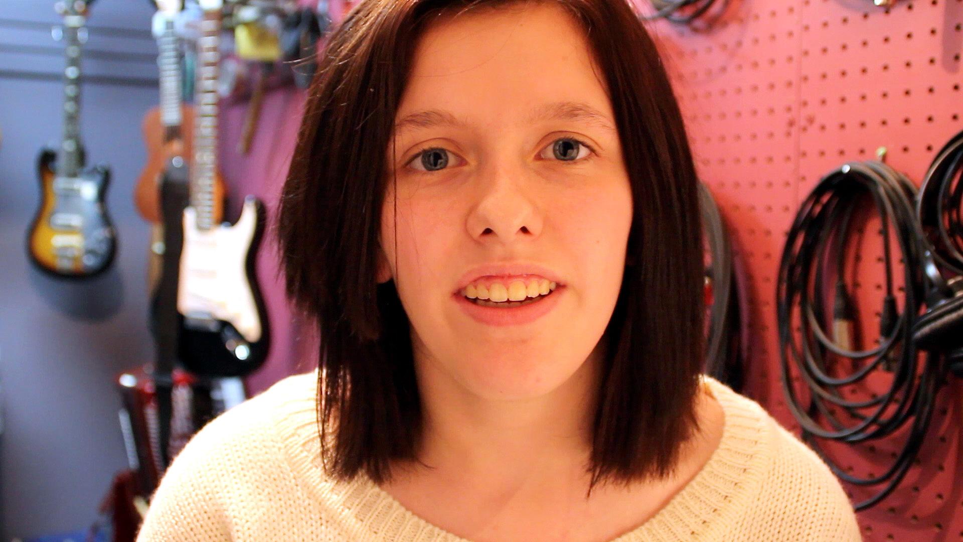 Bridget, the narrator on Scratch Tracks