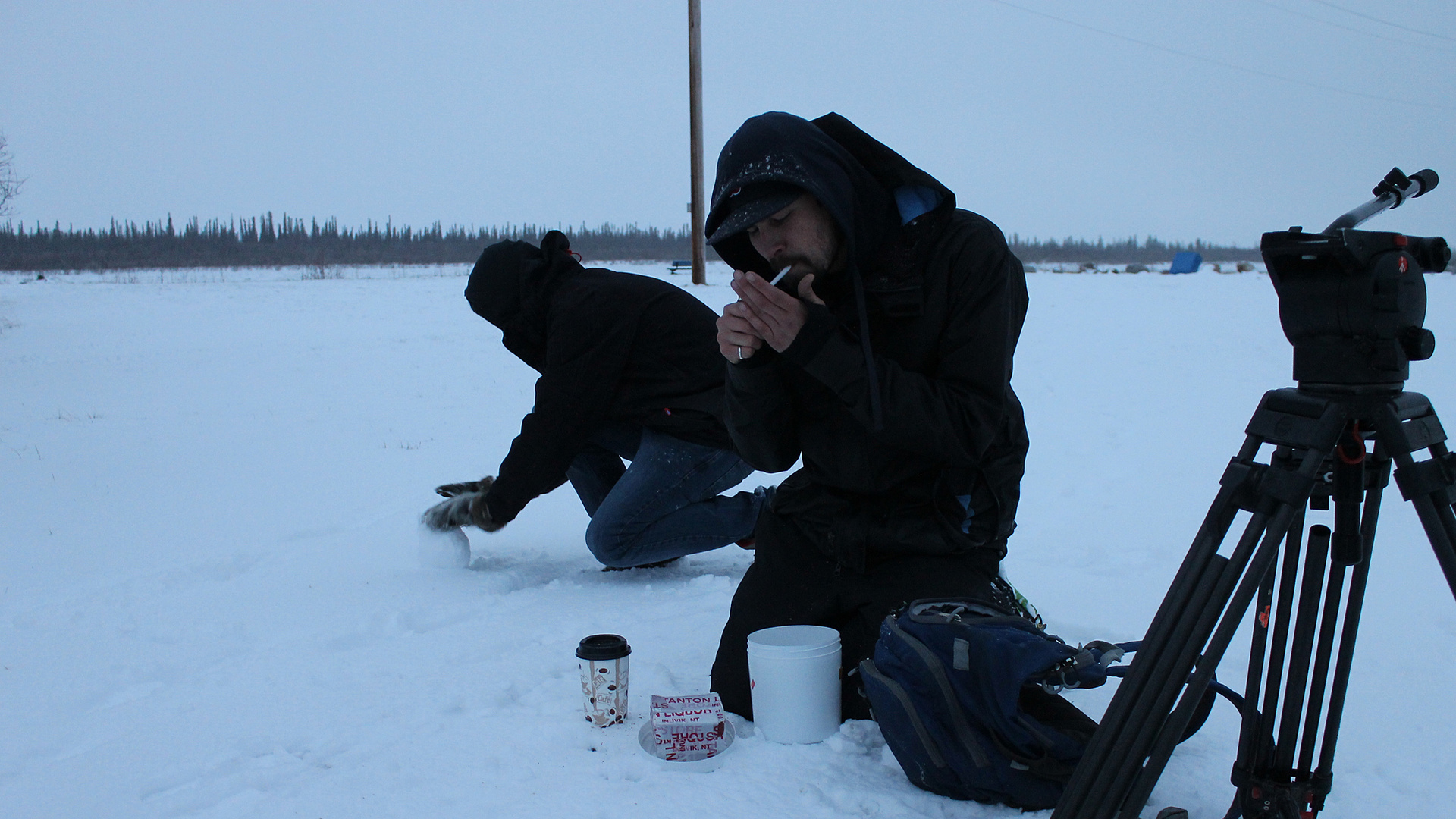 Rolling snow and smokes